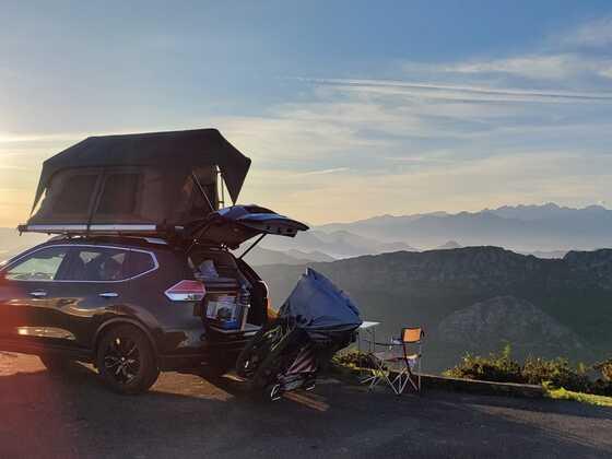 Nissan Xtrail T32 1.6 4x4 mit Dachzelt und 2x e-Bikes
